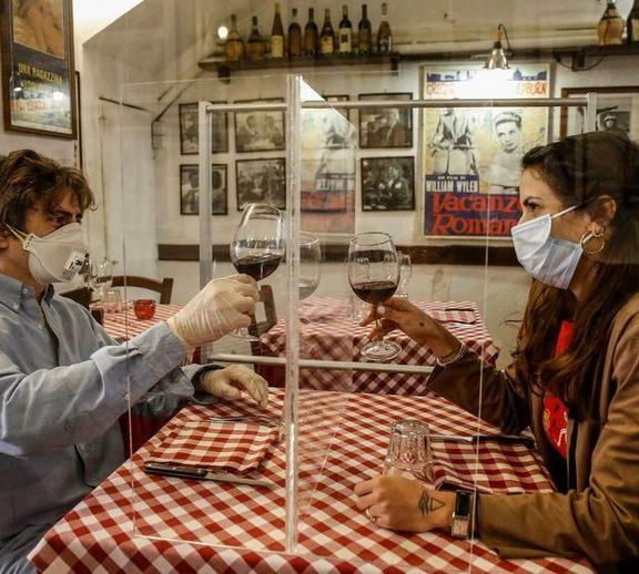 κορωνοϊός-πώς-θα-τρώμε-στα-εστιατόρια