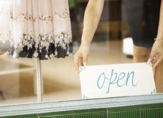 αυτά-τα-καταστήματα-ανοίγουν-τη-δευτέ