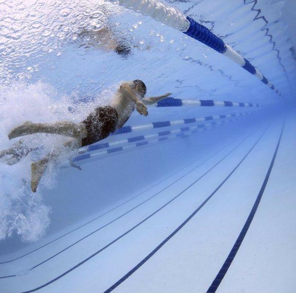 ανοίγουν-σήμερα-κολυμβητήρια-και-αθλ