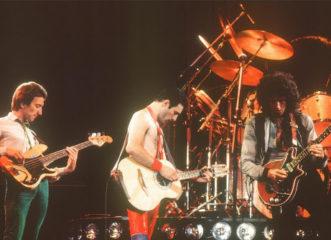 queen-η-θρυλική-συναυλία-του-1992-για-τον-freddie-mercury-στ