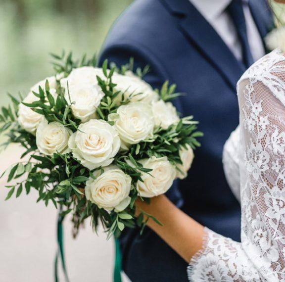 ο-κορωνοϊός-ανέβαλε-τον-χλιδάτο-γάμο-γ