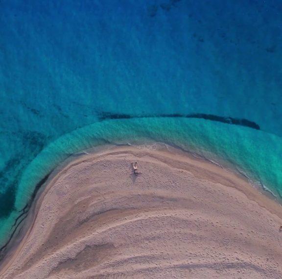 τελικά-ποια-είναι-η-μαγευτική-παραλία