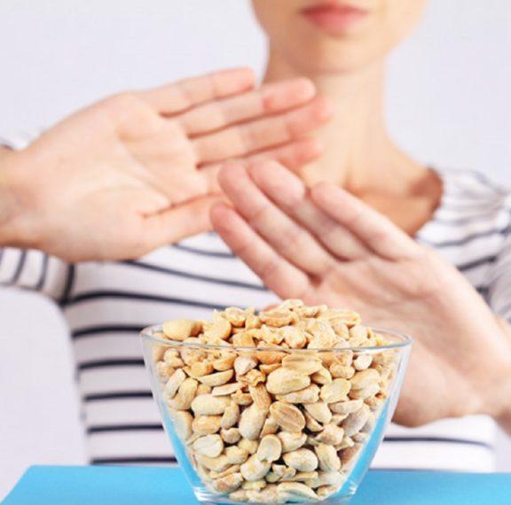 τροφική-αλλεργία-vs-τροφική-δυσανεξία