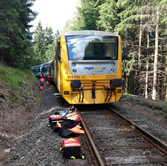 σιδηροδρομική-τραγωδία-στην-τσεχία-ν