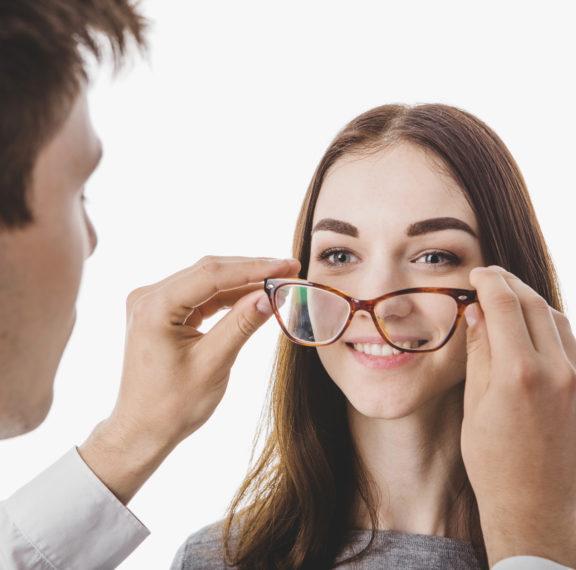 μάτια-και-ηλικία-πώς-αλλάζει-η-όρασή-μα