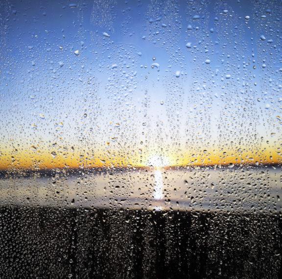 χαλάει-ο-καιρός-με-βροχές-και-καταιγίδ