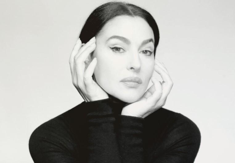 """H Μόνικα Μπελούτσι μιλά στο Infowoman για τη Μαρία Κάλλας: """"Αποκάλυψε τον εαυτό της και ναι, ήταν όμορφη"""""""