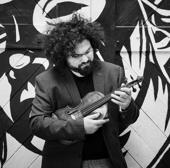 ο-διεθνούς-φήμης-βιολονίστας-ιόνιαν-η
