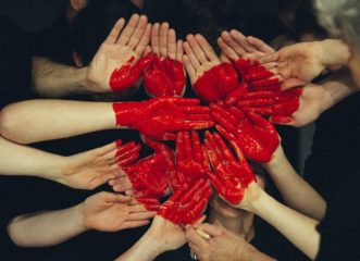 πώς-επιδρά-ο-κορωνοϊός-στην-καρδιά-μας