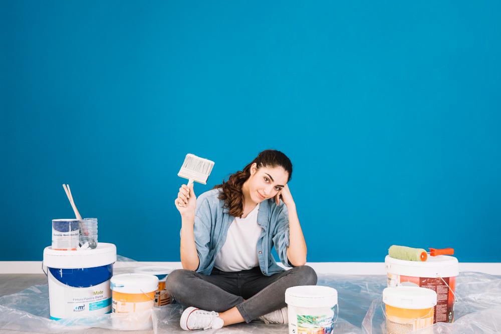5 λάθη στο βάψιμο του σπιτιού που κάνουν τους τοίχους να φαίνονται βρώμικοι