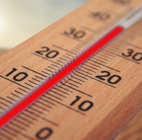 καιρός-πολλή-ζέστη-και-υγρασία-σε-πο