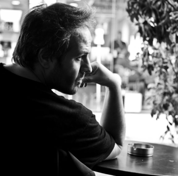 Άγνωστες πτυχές της λογοτεχνικής πορείας του Δημήτρη Σωτάκη σ΄ένα ντοκιμαντέρ