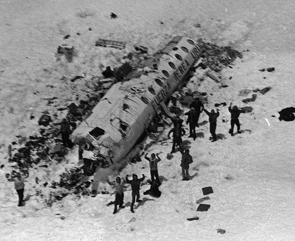 «Οι Επιζήσαντες»: Η μοιραία πτήση στις Άνδεις που συγκλόνισε την ανθρωπότητα κι έγινε ταινία