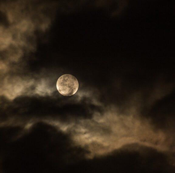 blue-moon-πανσέληνος-του-οκτωβρίου-έρχονται