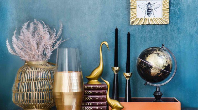 7 tips διακόσμησης για να φωτίσετε ένα σκοτεινό δωμάτιο