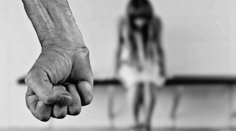 Αλλάζει ο Ποινικός Κώδικας για σεξουαλικά εγκλήματα- Κακούργημα η αιμομιξία