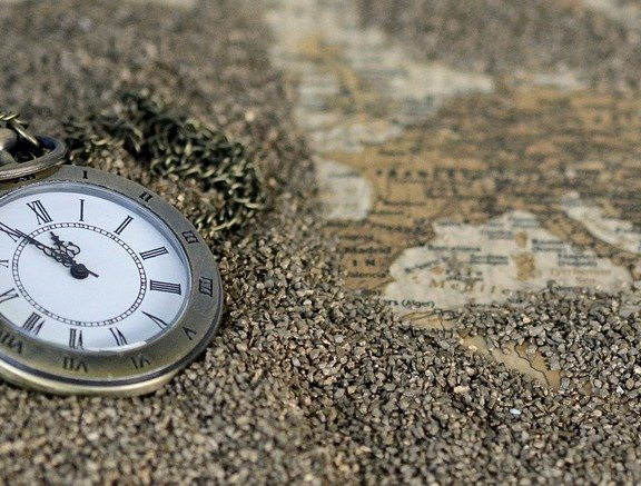 alert-πότε-ρυθμίζουμε-τα-ρολόγια-μας-μία-ώρ