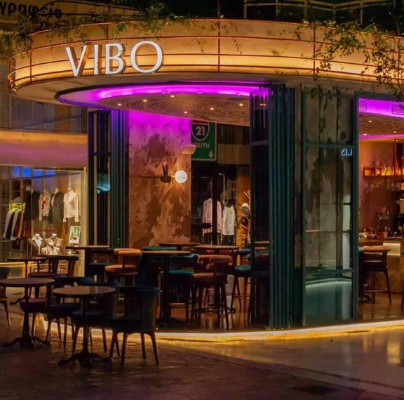 vibo-bistrot-το-talk-of-the-town-στέκι-της-γλυφάδας-για-τους-λά