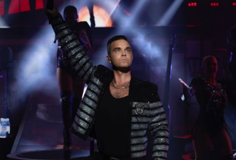 cant-stop-christmas-%ce%bf-robbie-williams-%ce%b4%ce%af%ce%bd%ce%b5%ce%b9-%cf%84%ce%bf-%cf%83%cf%8d%ce%bd%ce%b8%ce%b7%ce%bc%ce%b1-%ce%b3%ce%b9%ce%b1-%cf%84%ce%b1-%cf%86%ce%b5%cf%840