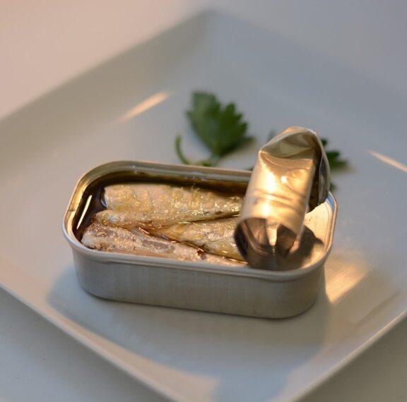 ψάρια-σε-κονσέρβα-ανακαλεί-ο-εφετ-τι