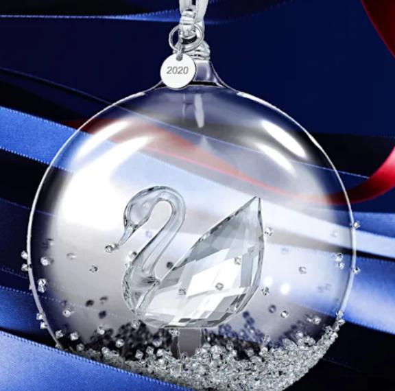 Swarovski: Μία παραμυθένια χριστουγεννιάτικη συλλογή για τα 125 χρόνια λάμψης και πολυτέλειας