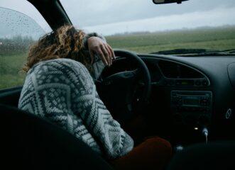 κάθισα-στο-αυτοκίνητο-κι-έκλαιγα-για