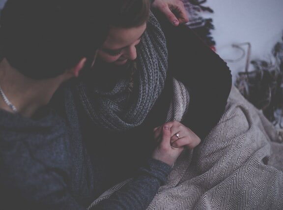 η-κοπέλα-μου-θέλει-να-παντρευτεί-πριν