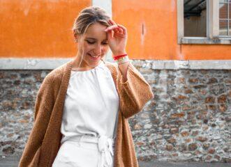 how-to-2-εύκολα-tips-για-να-φορέσεις-τη-ζακέτα-σο