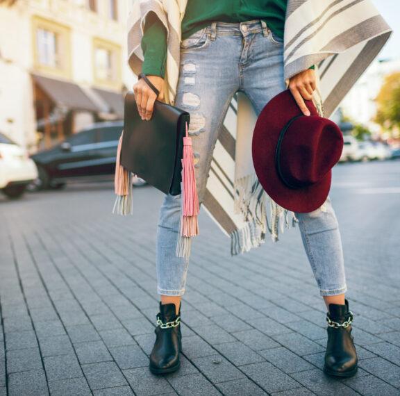 οι-5-μεγαλύτερες-τάσεις-στα-γυναικεία-jeans