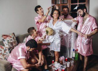 η-πιο-αντισυμβατική-γαμήλια-φωτογράφ