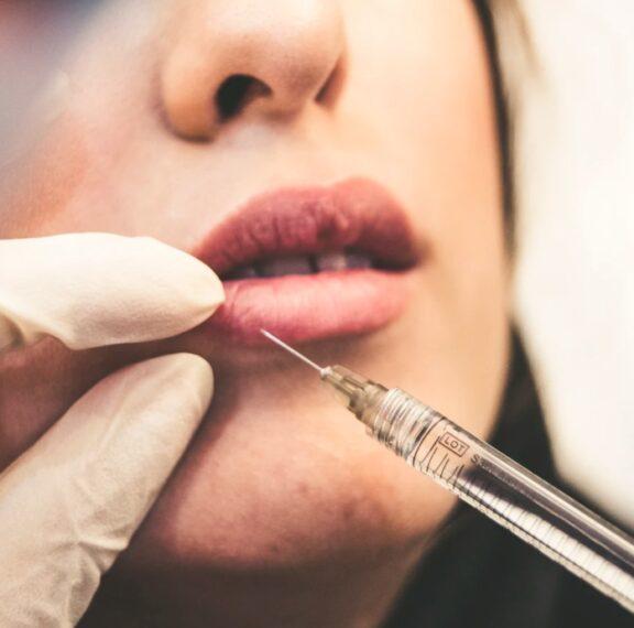 πώς-σχετίζεται-το-εμβόλιο-του-κορωνοϊ