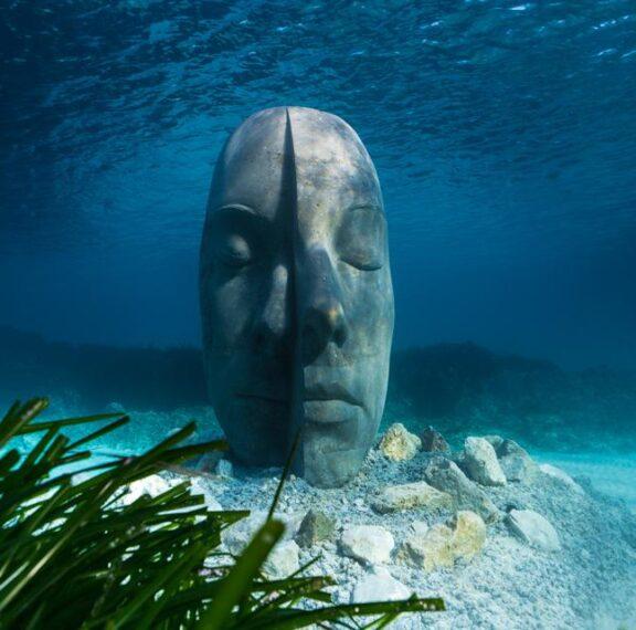 μία-υποβρύχια-περιήγηση-στο-εντυπωσι