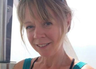 53χρονη-μητέρα-ισχυρίζεται-ότι-απέκτησ