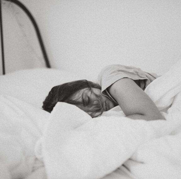 7-συνήθειες-που-θα-σε-βοηθήσουν-να-κοιμη