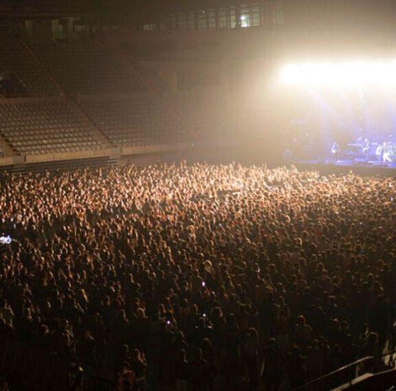 το-πείραμα-της-βαρκελώνης-5-000-θεατές