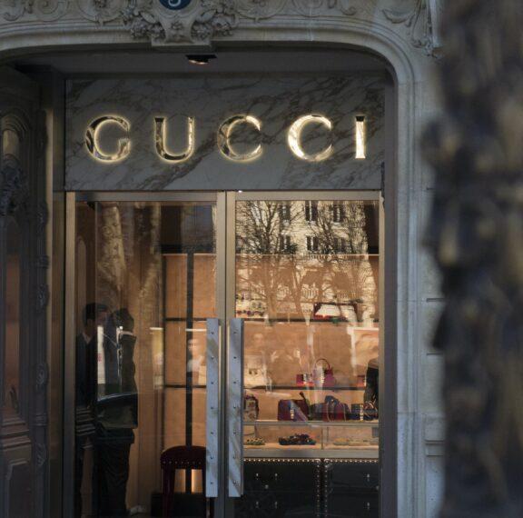 νέο-κατάστημα-ανοίγει-ο-gucci-στην-καρδιά-τ