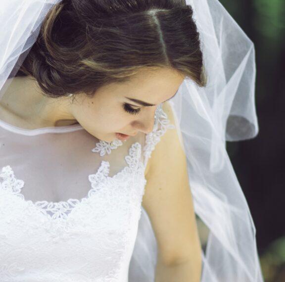 την-ημέρα-του-γάμου-της-η-πεθερά-της-φ