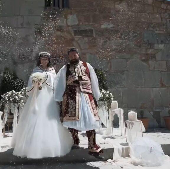 ένας-γάμος-αλλιώτικος-από-τους-άλλους