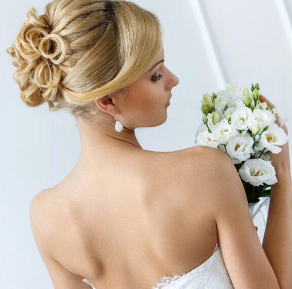 wedding-hairstyle-15-εντυπωσιακά-χτενίσματα-για-τις-νύ