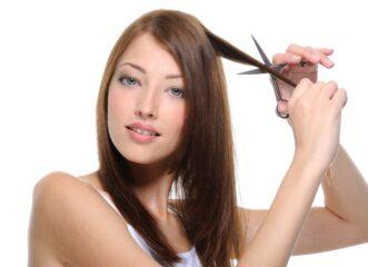 πώς-να-κόψετε-μόνες-σας-τα-μαλλιά-σας