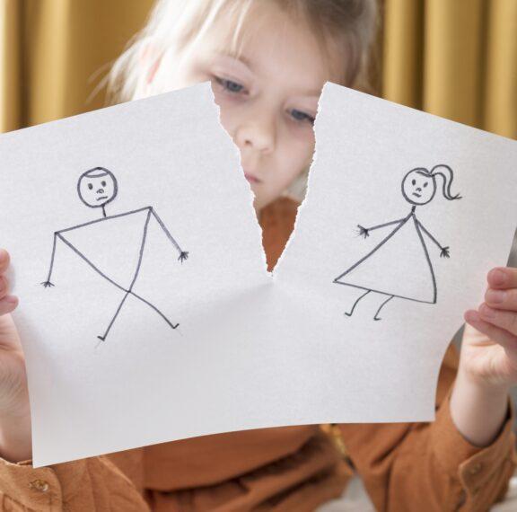 γονεϊκή-συνεπιμέλεια-όλα-για-το-συμφέ