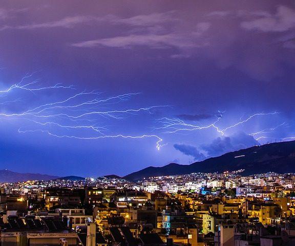 έρχονται-καταιγίδες-χαλάζι-και-κεραυ