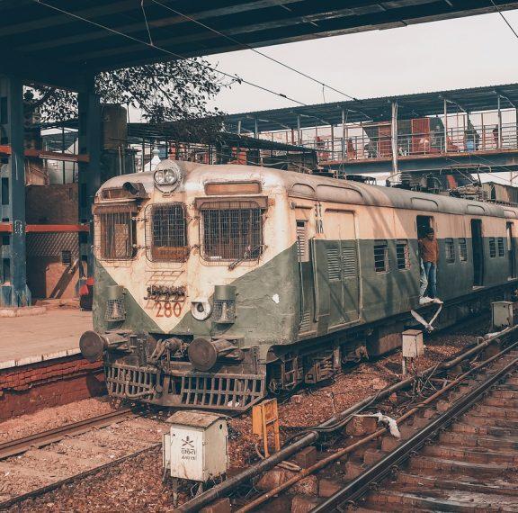 4-παλιοί-σιδηροδρομικοί-σταθμοί-μετατ