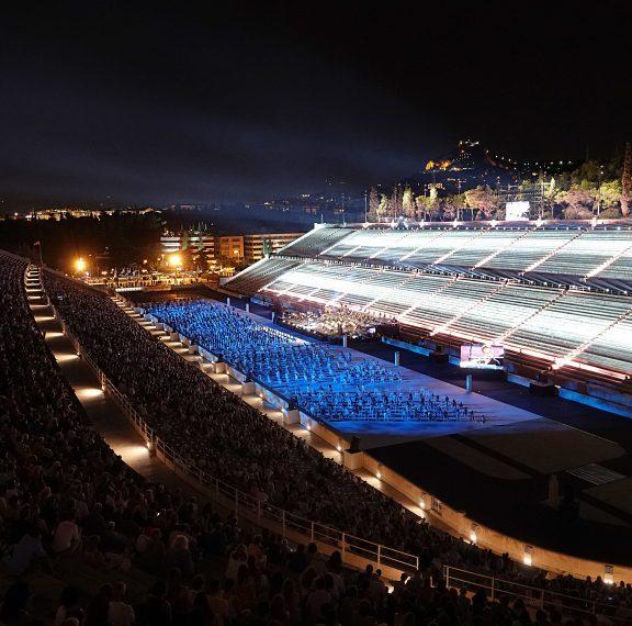 8-000-θεατές-στο-καλλιμάρμαρο-για-τη-μεγάλ