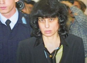 «Tον αγαπούσα ακόμα και την ώρα που τον σκότωνα» - Το έγκλημα πάθους που συγκλόνισε το Πανελλήνιο πριν 24 χρόνια!