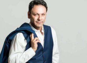 Στάθης Αγγελόπουλος: Νοσηλεύεται στη ΜΕΘ με κορονοϊό ο νωστός τραγουδιστής