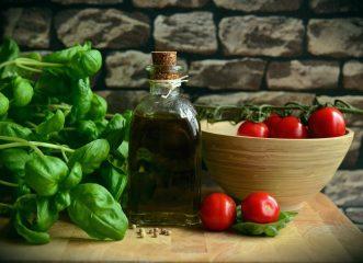 Μεσογειακή Διατροφή: Θωρακίζει και την πνευματική μας υγεία όταν... γεράσουμε!