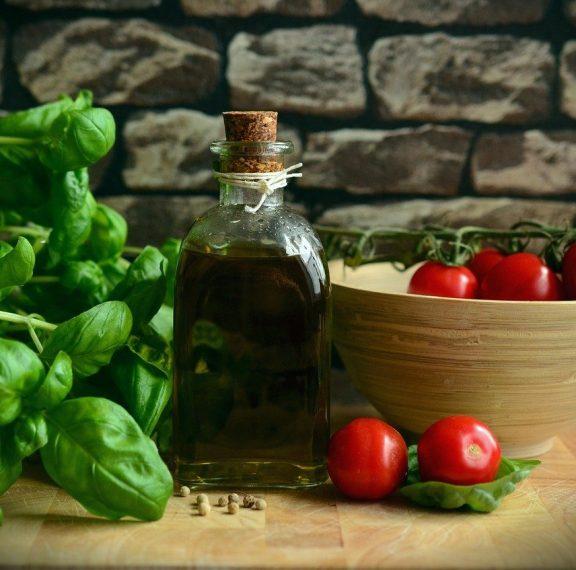 μεσογειακή-διατροφή-θωρακίζει-και-τη