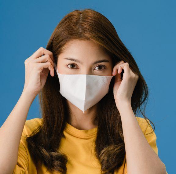 ποια-μάσκα-μας-προστατεύει-από-τα-μικρ