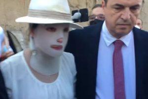 Επίθεση με βιτριόλι: Απούσα η κατηγορούμενη - Τι ζήτησε ο Κεχαγιόγλου από την Ιωάννα